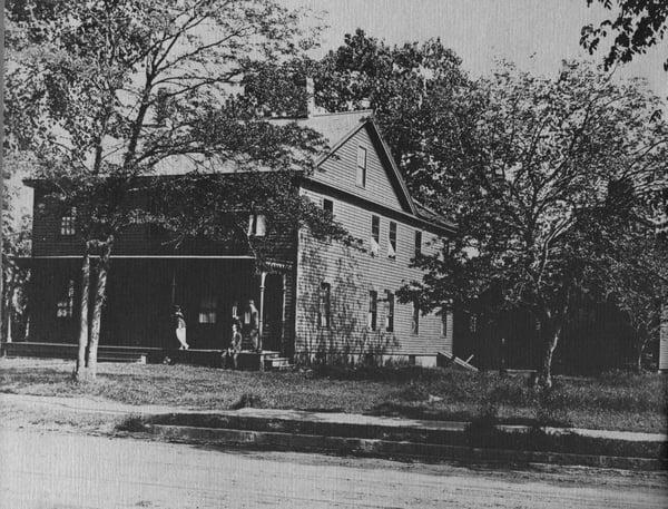 Remodeled Farmhouse on Boston Road